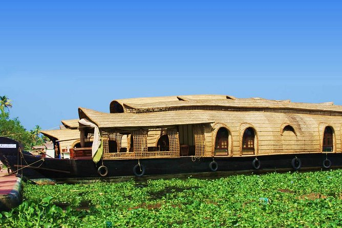 Kochi Private Tour : Backwater Cruise in Aleppey
