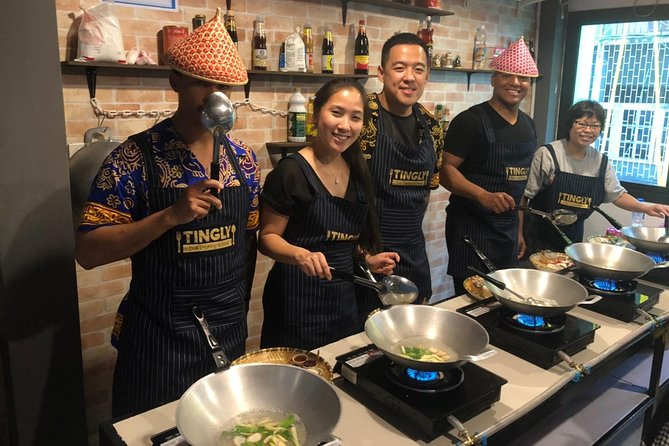 Thai cooking class with morning market tour at Silom photo 14
