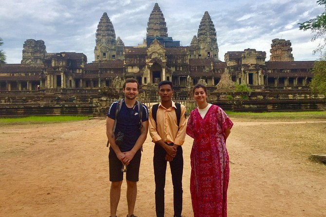Angkor Wat Tour by Car and Expert Tour Guide photo 7