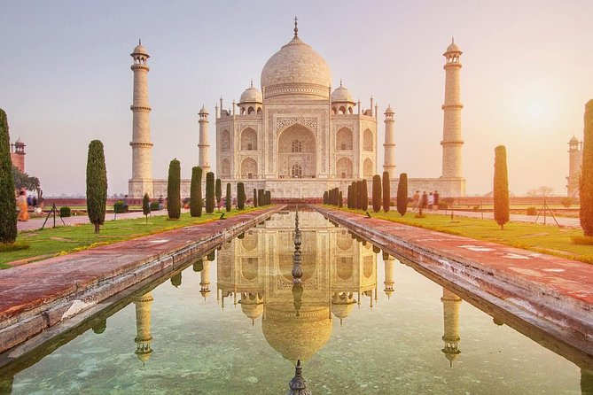 2 Days Taj Mahal & Agra Tour from Delhi by Car