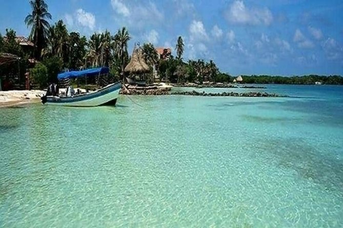 Pasadia Isla Tropical Inn Cartagena