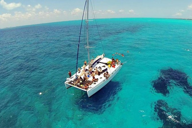 Isla Mujeres Catamaran with Open Bar Included