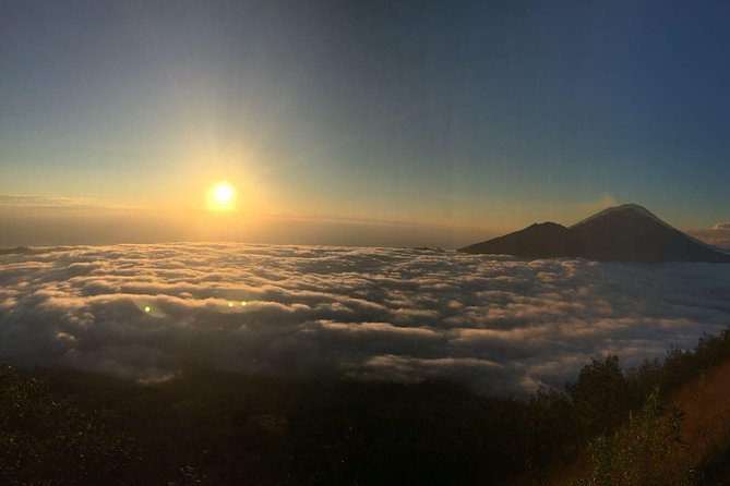 Mt. Batur Sunrise Trekking photo 2