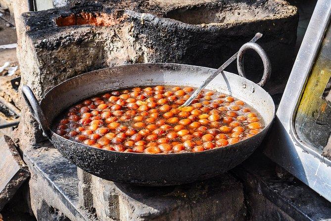 Jodhpur: Street Food Crawl (2 Hours Guided Food Tasting Tour)