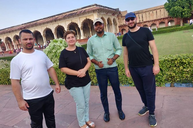 Day tour to Taj Mahal & Agra fort from Delhi,5 star hotel lunch included . photo 74