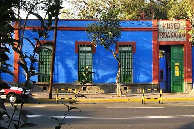Coyoacán tour and Frida Kahlo Museum with Admission Tickets