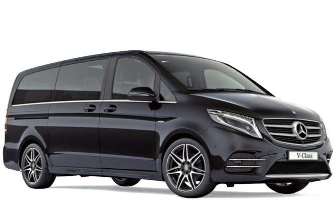 Departure Private Transfers from London to Gatwick Airport LGW in Luxury Van