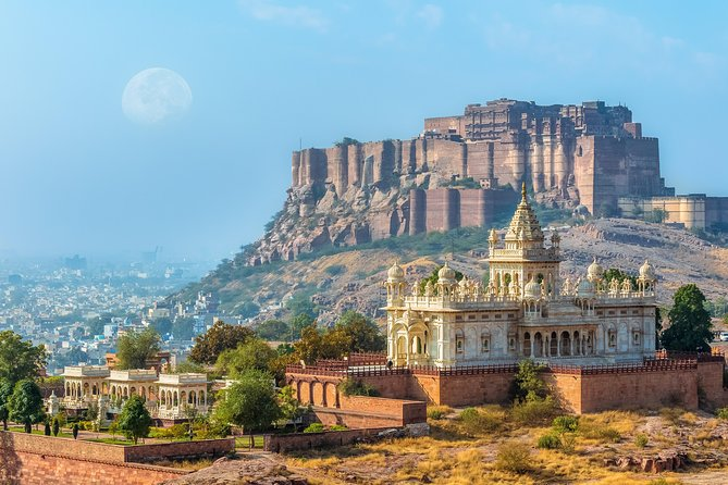 Highlights of Jodhpur (Guided Half Day City Sightseeing Tour by Car)