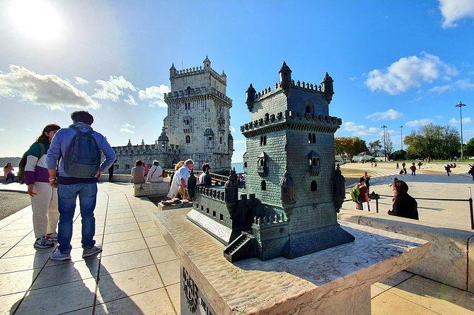 Lisbon Private Tour Viewpoints and Monuments
