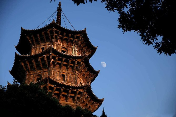 Quanzhou Private Customized Day Tour: Top Attractions with Lunch