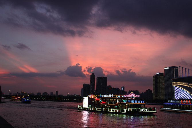 Private Guided Guangzhou Pearl River Cruise Tour With Hotel Transfer
