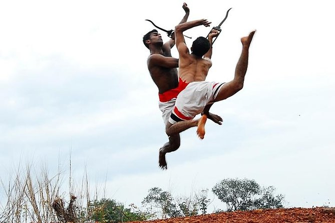 COCHIN HERITAGE TOUR WITH KERALA MARTIAL ART SHOW AND BACKWATER CRUISE-Min 10Pax