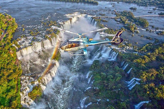 Vôo Panorâmico de Helicóptero sobre as Cataratas do Iguaçu