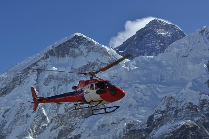 Everest - Heli Tour with Landing at Kalapathhar photo 5