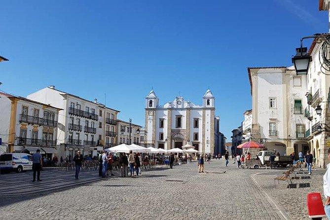 The Giraldo square