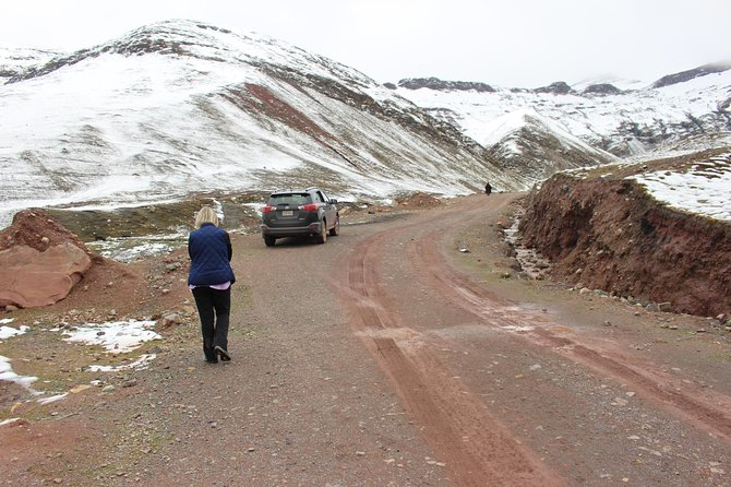 Private Driver To Rainbow Mountain From Cusco photo 7
