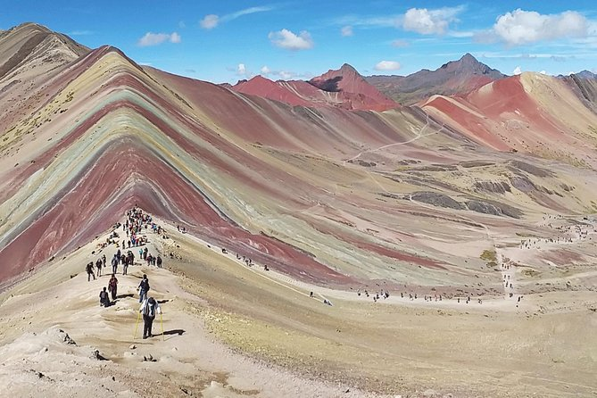 Private Driver To Rainbow Mountain From Cusco photo 4