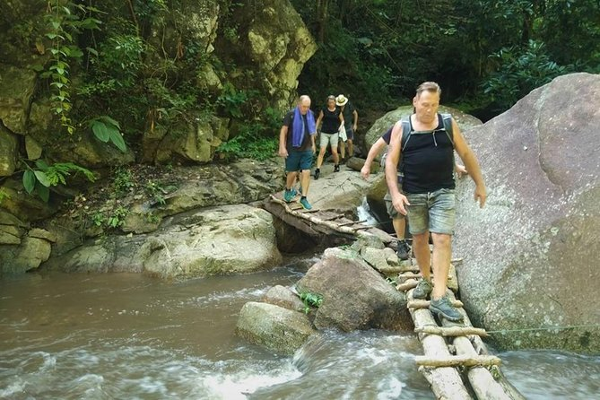 3 Days 2 Nights Join Trekking Experience in Mae Taeng