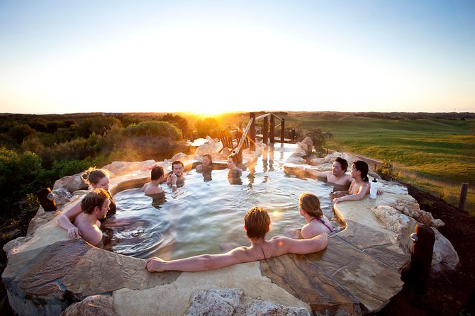 Peninsula Hot Springs tour with restaurant lunch & gondola ride
