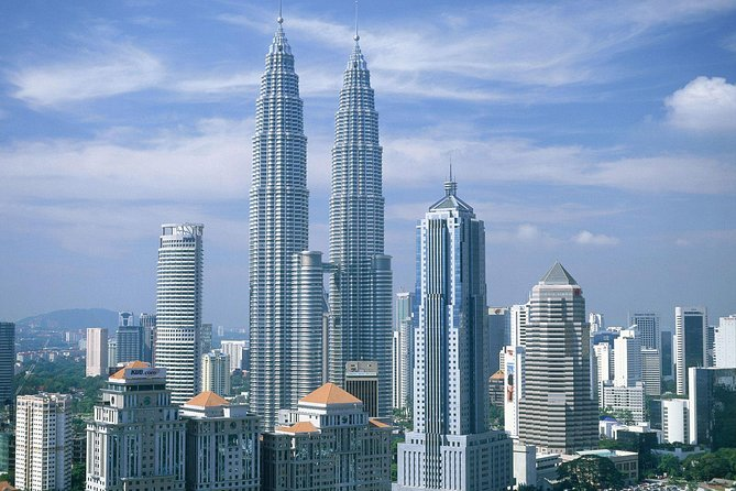Kuala Lumpur International Airport Transit Tour (16 Attractions)