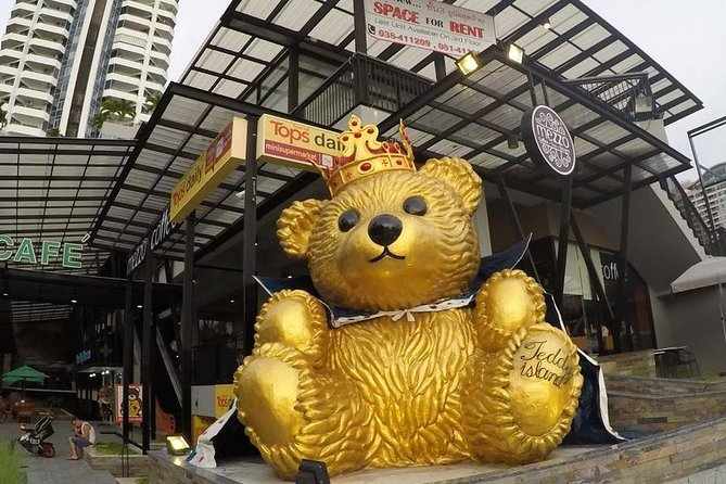 Teddy Bear Museum in Pattaya with Return Transfer