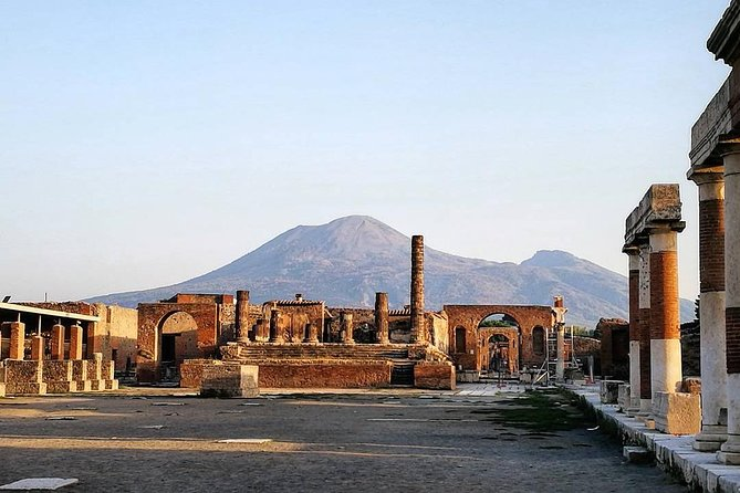 Tours in Pompeii Visit the ruins guided by an Archeologist photo 4