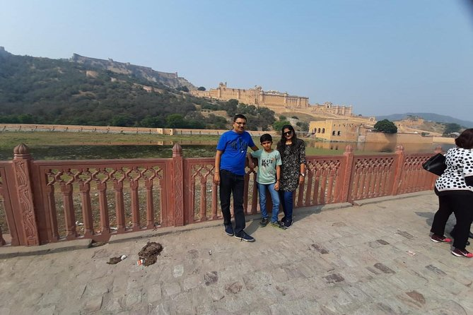 Jaipur Sightseeing by Sedan Car