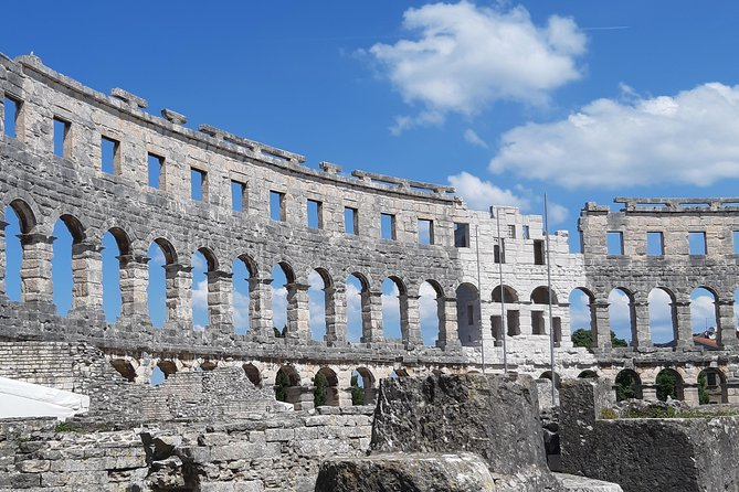 Best of ISTRIA: Amphitheater PULA + ROVINJ + HUM or POREČ - fully Private Tour
