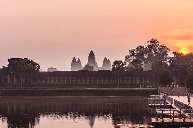 Angkor Wat Sunrise Small Group Tour from Siem Reap photo 11