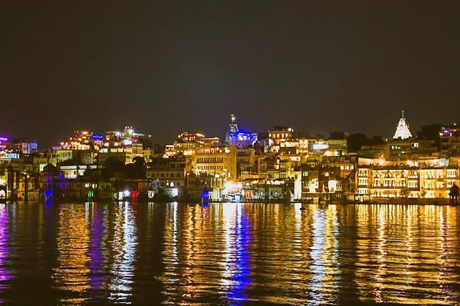 Udaipur Night Walk Tour - Lakeside & Market Exploration