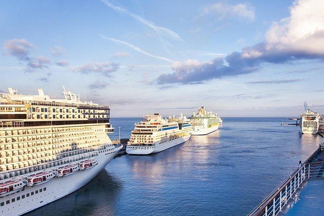Luxury Private Transfer from Civitavecchia Port to Rome Airports