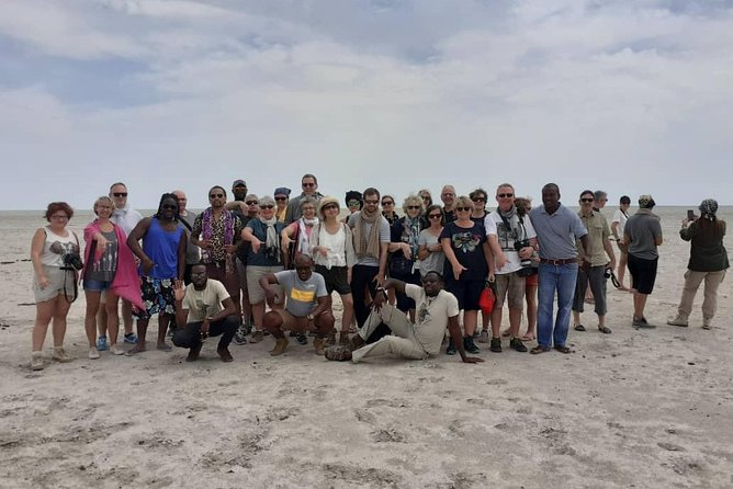 (1 day) Discovery Etosha Park in 4x4 nine places with local guide
