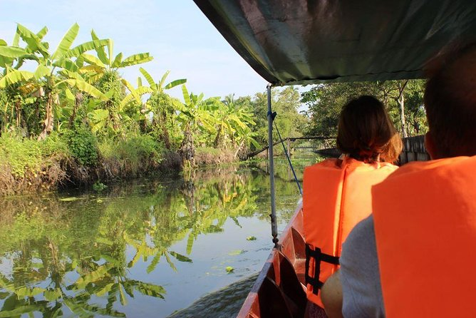 Private : Mahasawat Canal & Don Wai Floating Market Day Tour