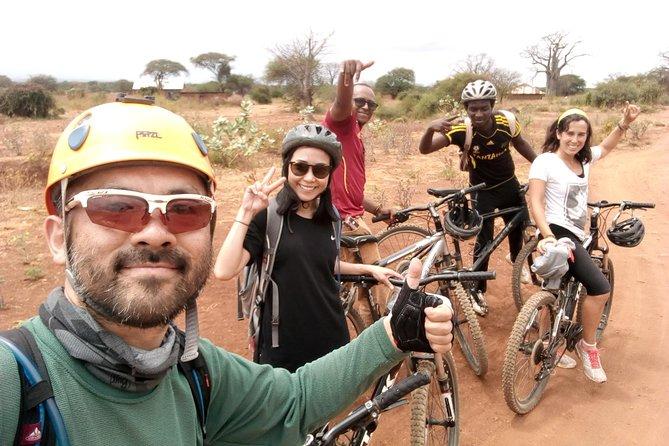 Cycling to Chemka Hot Spring