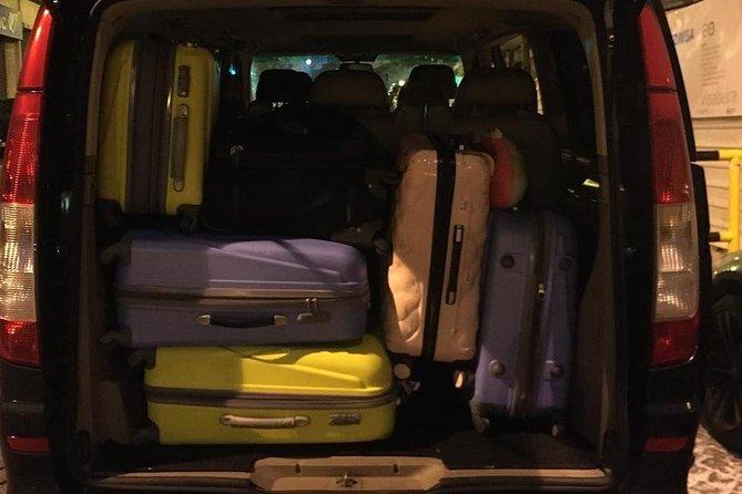 Departure Transfer of Lisbon: Family & Friends