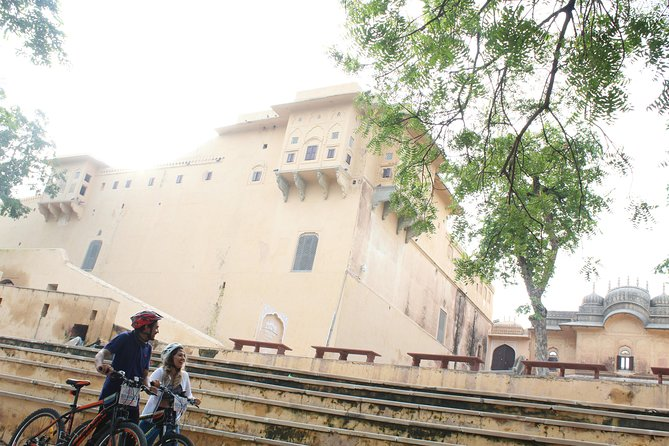 Majestic Jaipur on Pedals- A Full Day Self Guided Cycle Tour photo 2