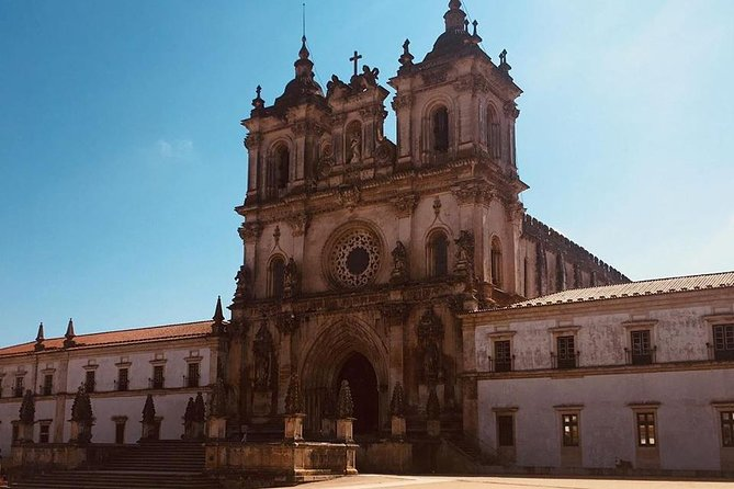 Medieval Monasteries Private day-trip from Lisbon
