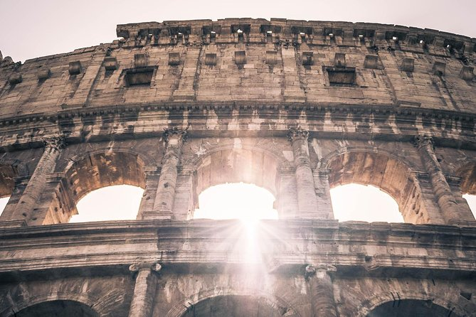 ROME:Colosseum guided tour & Hop-on Hop-off tickets
