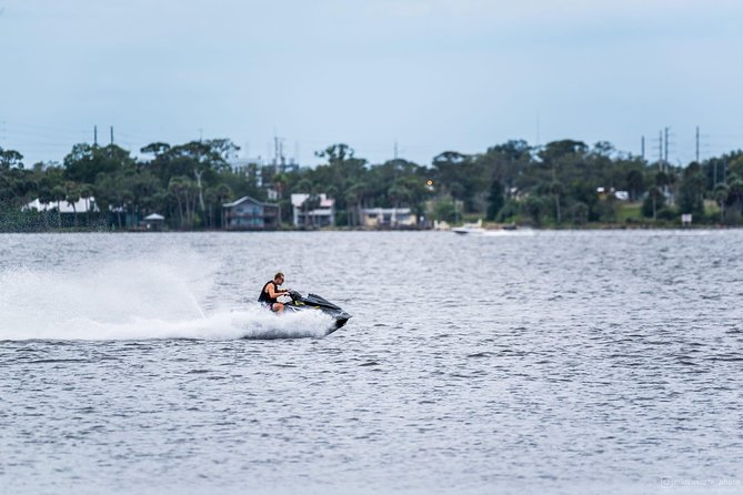 1 hour jet ski rental photo 5