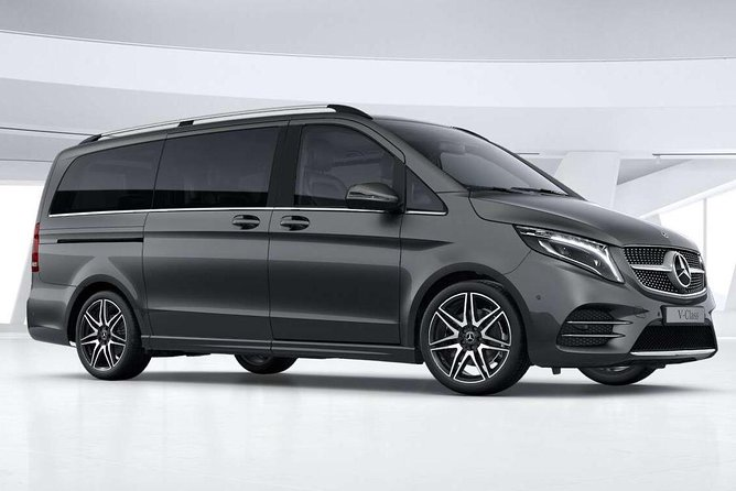 Arrival Private Transfers from Paris Airport CDG to Paris City in Luxury Van