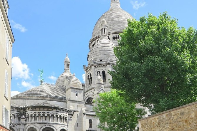 The Best of Montmartre Private Tour: Highlights & Hidden Gems with a Local