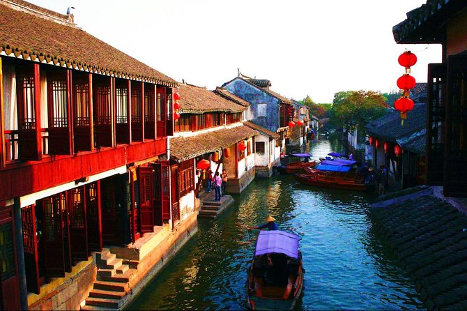 Seven Treasure Town and Zhu Jia Jiao Water Village Private Day Tour