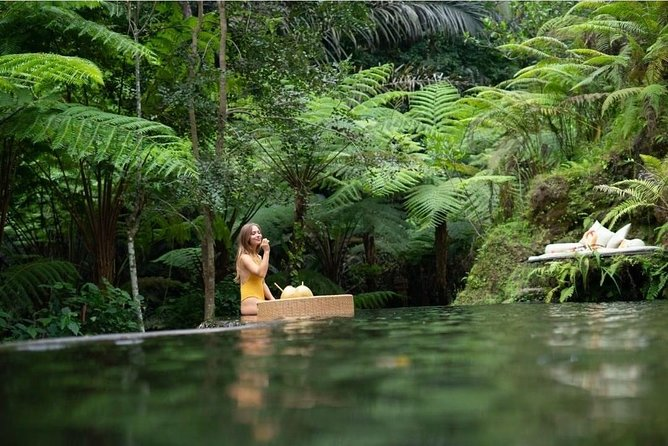 Floating Breakfast at Private jungle pool , Swing , Sunrise and Balinesse Spa
