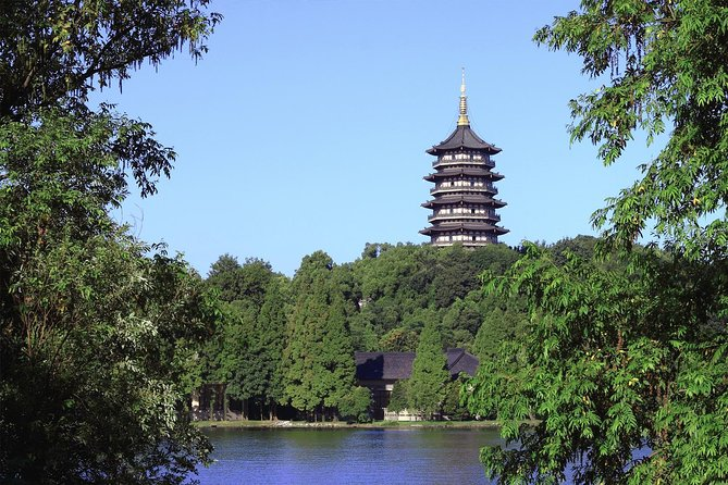 Shanghai to Hangzhou West Lake Private Day Tour photo 1