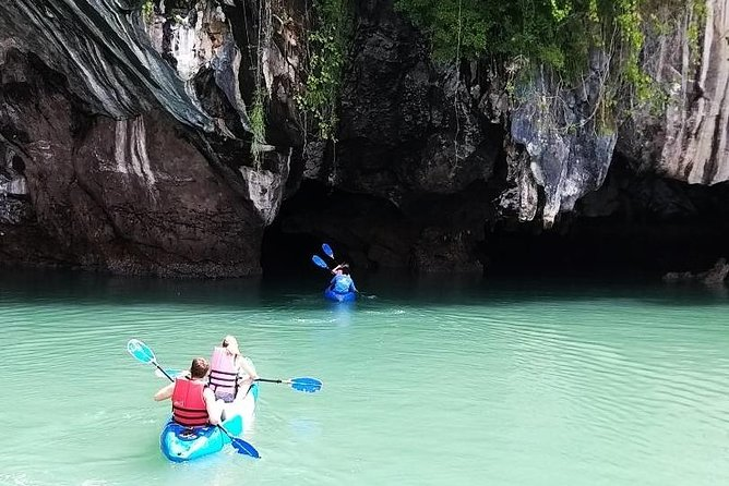 Koh Lanta half day Kayaking (Talabeng Sea Cave)