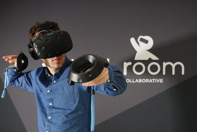 Virtual Room - 40-50min VR Time Travel Escape Room Adventure for 2+ Players