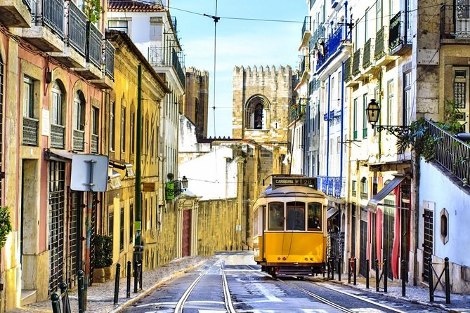 Lisbon Historical Vintage Tour: Typical Lisbon photo 6