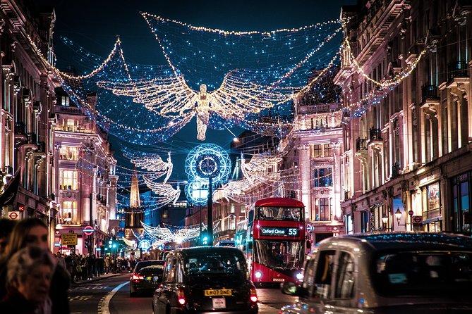 Christmas Lights Tour with a Hot Chocolate