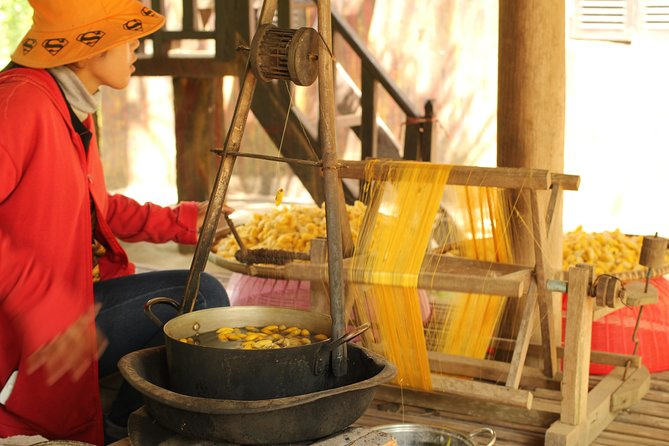 Island Community Life in Phnom Penh