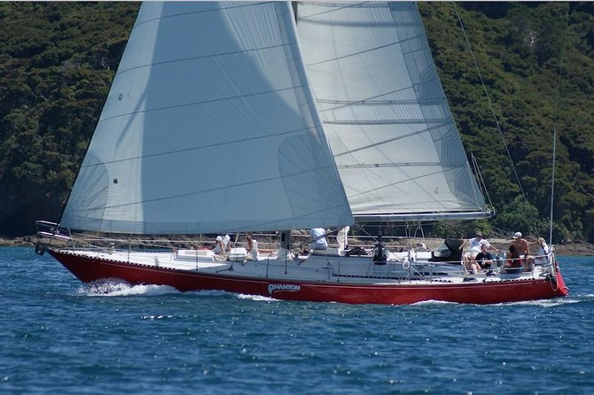 Phantom Sailing Bay von Inseln